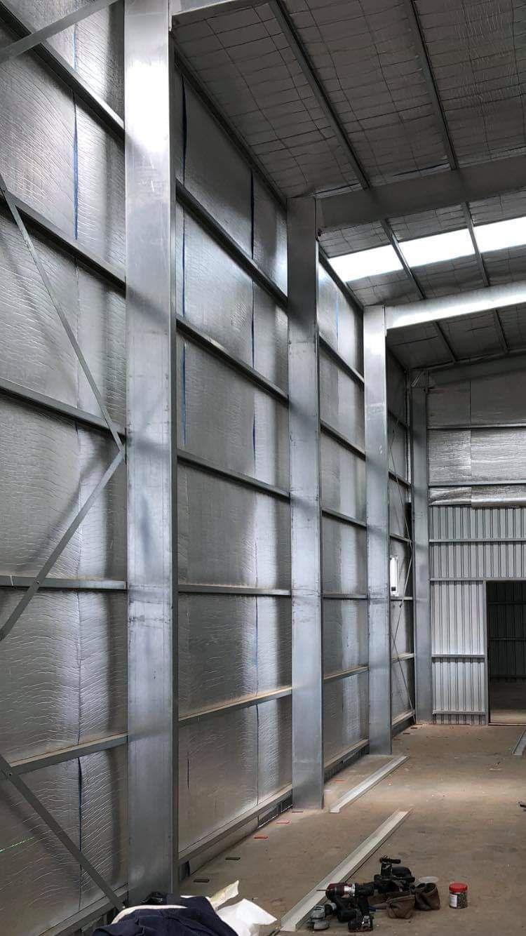 Double-sided aluminum foil foam insulation